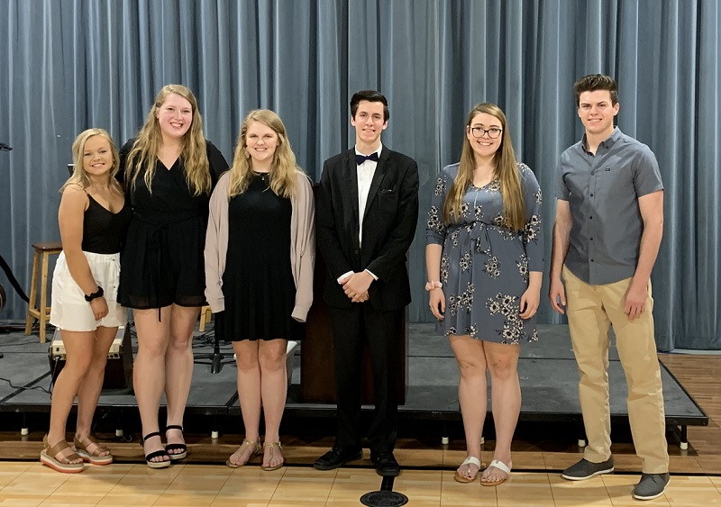 2019 Scholarship Recipients Walt Fiegel Foundation